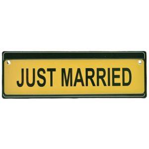 ТАБЕЛКА JUST MARRIED